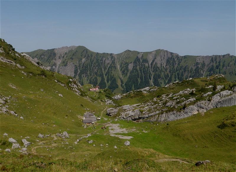 Blick zurück auf die Bergbahn Gitschen
